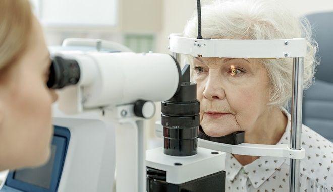 Εξέταση σε οφθαλμίατρο