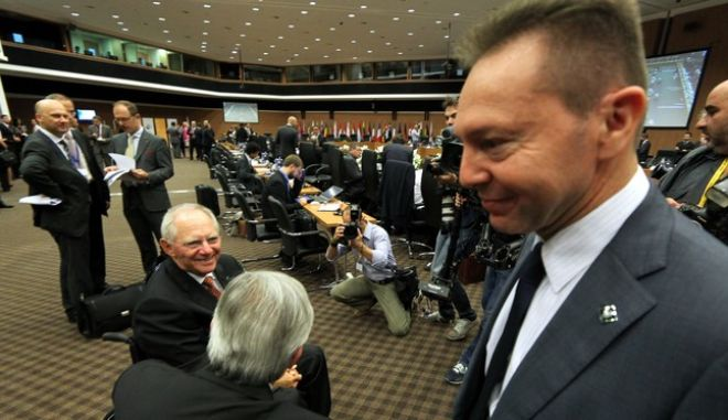 Στιγμιότυπο από την συνεδρίαση του Άτυπου Συμβουλίου Οικονομικών και Δημοσιονομικών Υποθέσεων (EUROGROUP) που έγινε σήμερα στην Λευκωσία.Στην φωτογραφία ο 'Ελληνας Υπουργός Οικονομικών Γιάννης Στουρνάρας (Δ),αριστερά διακρίνεται ο Γερμανός Υπουργός οικονομικών Βόλφκανγκ Σόϊμπλε ,Παρασκευή 14 Σεπτεμβρίου 2012 (EUROKINISSI/ ΚΥΠΡΙΑΚΗ ΠΡΟΕΔΡΙΑ ΣΤΗΝ Ε.Ε)