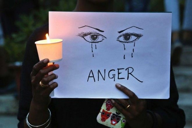 Στην Ινδία καταγγέλλονται 100 βιασμοί την ημέρα