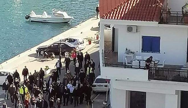 """ΣΥΡΙΖΑ: Γιατί """"έθαψαν"""" το βίντεο της Ικαρίας, ΕΡΤ και ιδιωτικά κανάλια"""
