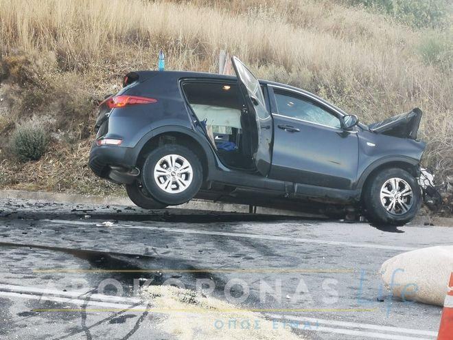 Σοκαριστικό τροχαίο στα Χανιά: Μετωπική φορτηγού με τζιπ - Μία 20χρονη νεκρή και 6 τραυματίες