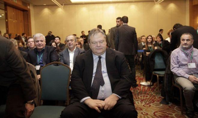 Ο πρόεδρος του ΠΑΣΟΚ Ευαγ. Βενιζέλος στην συνεδρίαση της Κεντρικής Επιτροπής του κόμματος στο ξενοδοχείο