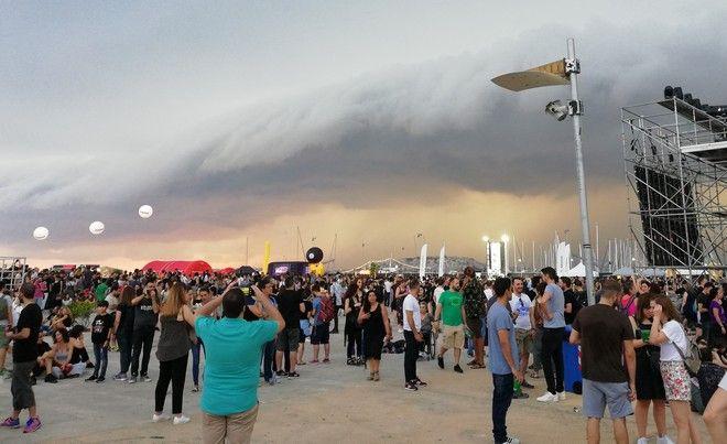 Ejekt Festival: Τα σπασμένα παπούτσια του Νικ Κέιβ και η τροπική καταιγίδα