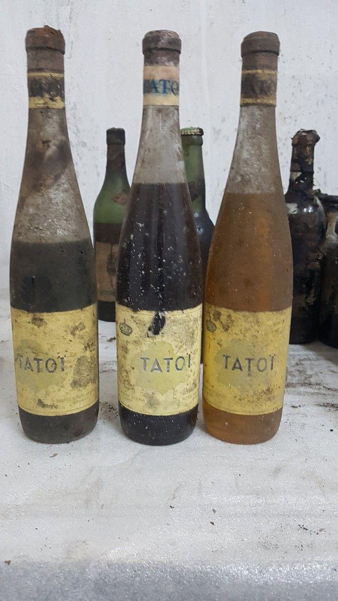 Σπάνιες φιάλες ποτών που βρέθηκαν στο κτήμα του Τατοΐου