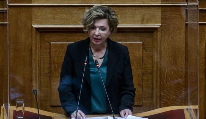 """ΣΥΡΙΖΑ: Ερώτηση για το """"εάν πάγωσε"""" ο διαγωνισμός για τις νέες ταυτότητες"""
