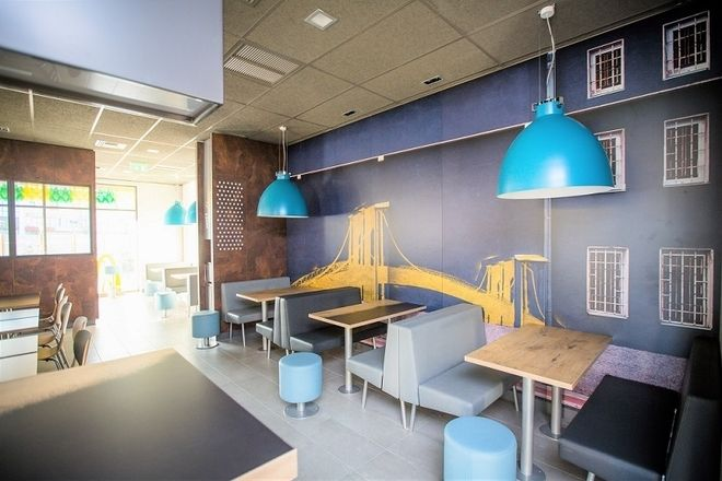 ΜcDonald's: Άνοιξε δύο νέα καταστήματα - Έρχονται άλλα εννέα