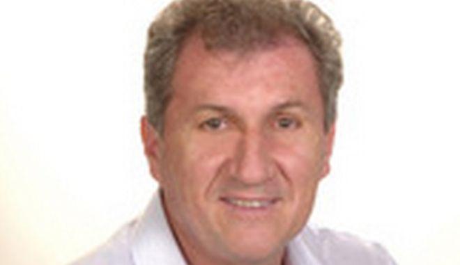 Οικογενειακή υπόθεση: Αντιδήμαρχος της Νάουσας παραιτήθηκε μετά από αρνητικό δημοσίευμα του γιου του