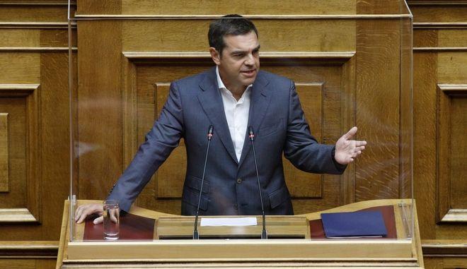 Ο πρόεδρος του ΣΥΡΙΖΑ Αλέξης Τσίπρας κατέθεσε πρόταση μομφής κατά του υπουργού Οικονομικών Χρήστου Σταϊκούρα
