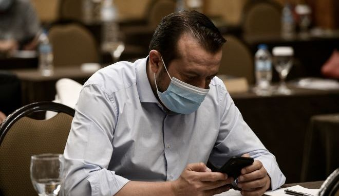 Ο Νίκος Παππάς κατέθεσε μήνυση κατά του Σταύρου Κελέτση