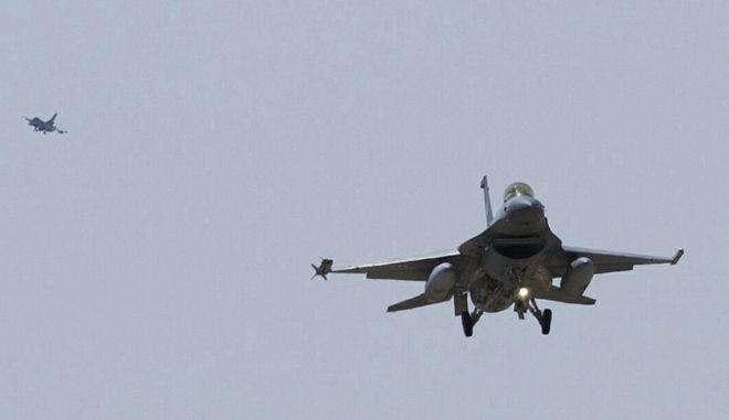 Ελληνικά F-16 αναχαίτισαν τουρκικά μαχητικά που παραβίασαν το FIR Αθηνών
