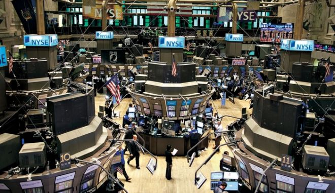 Ο Dow Jones ξεπέρασε για πρώτη φορά τις 23.000 μονάδες