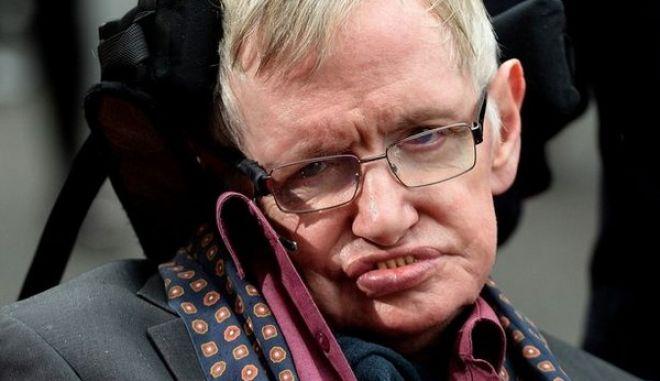 Stephen Hawking: 'Θα σκεφτόμουν την αυτοκτονία αν δεν είχα κάτι να συνεχίσω'