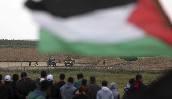 Πορεία ελευθερίας και βίαια επεισόδια με νεκρό στη Λωρίδα της Γάζας