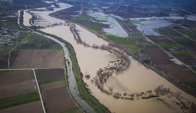 Πτήση πάνω από πλημμυρισμένες εκτάσεις των νομών Τρικάλων και Καρδίτσας με αεροπλάνο της Αερολέσχης Καρδίτσας. Χιλιάδες στρέμματα στον κάμπο των δύο νομών καλύφθηκαν από τα νερά τόσο του Πηνειού ποταμού αλλά και παραποτάμων του που υπερχείλισαν εξαιτίας της συνεχόμενης βροχόπτωσης των τελευταίων εννέα ημερών. (EUROKINISSI/LORENZO RONZI)