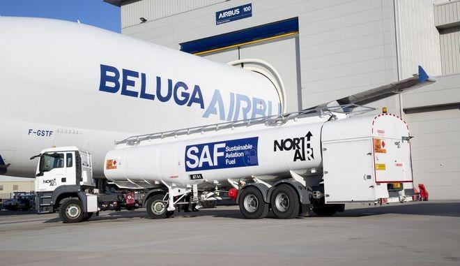Το μεγαθήριο Beluga πέταξε με βιοκαύσιμα
