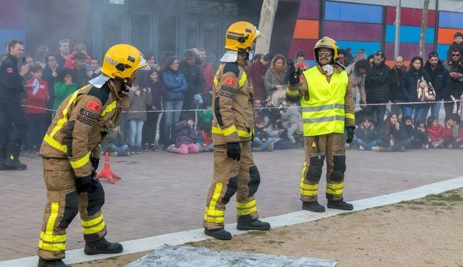 Ισπανοί πυροσβέστες