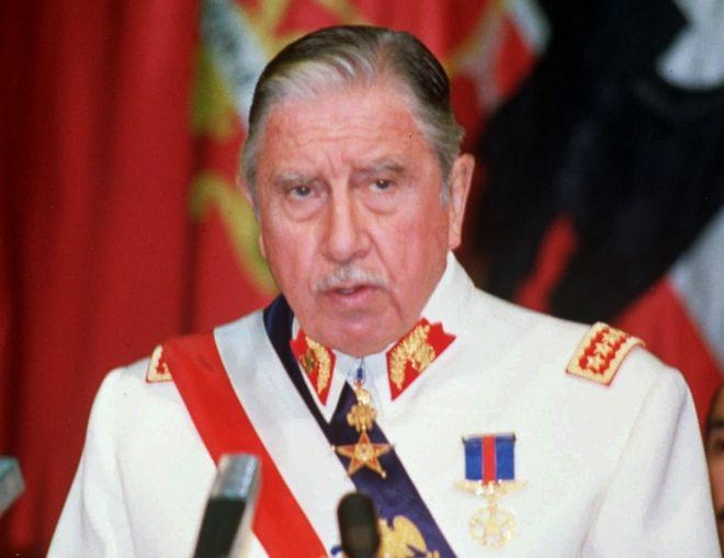 Ο Πινοσέτ το 1987 λίγα χρόνια πριν παραδώσει την εξουσία