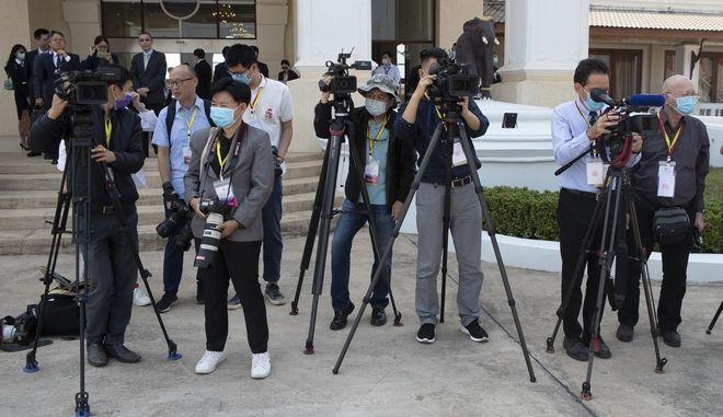 Δημοσιογράφοι στην Κίνα.