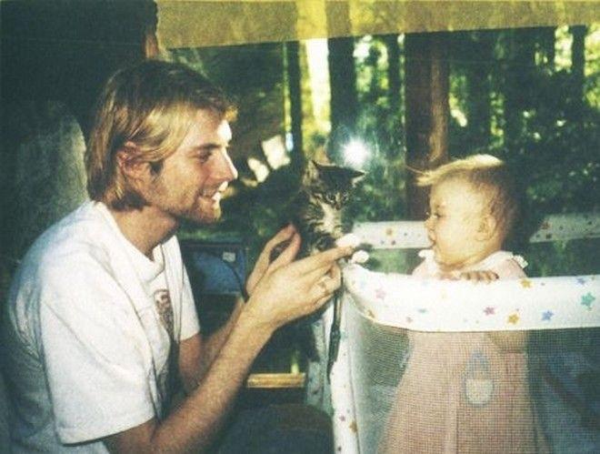 H κόρη του Kurt Cobain μιλά πρώτη φορά για τον πατέρα της