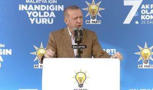 """Δεν κάνει βήμα πίσω ο Ερντογάν: """"Η Ουάσινγκτον δεν ξέρει με ποιον έχει να κάνει"""""""