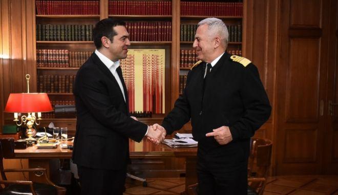 Συνάντηση του Πρωθυπουργού, Αλέξη Τσίπρα με τον Αρχηγό ΓΕΕΘΑ, Ναύαρχο Ευάγγελο Αποστολάκη, την Δευτέρα 14 Ιανουαρίου 2019., στο Μέγαρο Μαξίμου