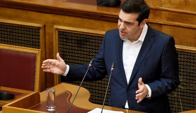 Ο Πρωθυπουργός και πρόεδρος του ΣΥΡΙΖΑ Αλέξης Τσίπρας στην συνεδρίαση της κοινοβουλευτικής ομάδας