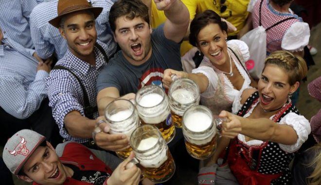 Μπύρα με το... σταγονόμετρο φέτος το καλοκαίρι