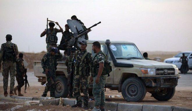Συριακός στρατός στη Raqqa