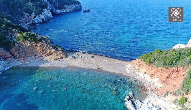 Εύβοια: Η διπλή παραλία - καταφύγιο των ερωτευμένων