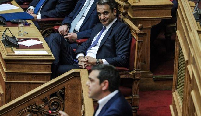Στιγμιότυπο από την ανάγνωση των προγραμματικών δηλώσεων κυβέρνησης Μητσοτάκη - Στο βήμα ο Αλέξης Τσίπρας