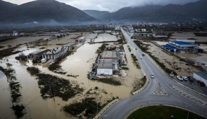 Φωτογραφία από drone από τις πλημμύρες εξαιτίας της υπερχείλισης του ποταμού Αχέροντα στο Καναλλάκι του δήμου Πάργας στην Πρέβεζα.  (EUROKINISSI/ΣΩΤΗΡΗΣ ΓΑΚΗΣ)