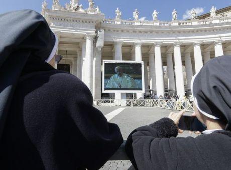 Αποτέλεσμα εικόνας για κήρυγμα Πάπα μέσω διαδικτύου