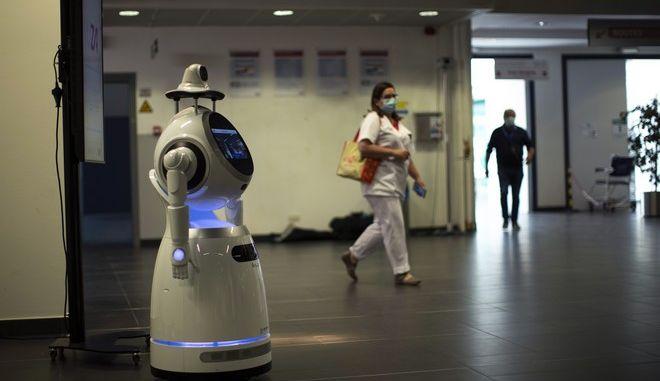 Ρομπότ στην υπηρεσία των νοσοκομείων για τη μάχη κατά του κορονοϊού