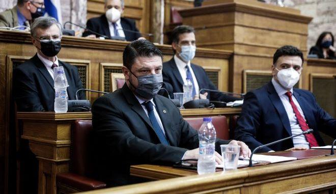 Κυβερνητικά στελέχη για το ακαταδίωκτο: Προστατεύουμε τους επιστήμονες από τους ψεκασμένους