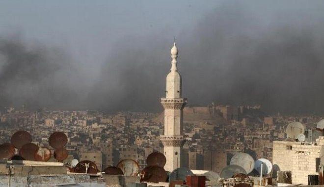 Συρία: 400 άμαχοι κατευθύνθηκαν προς τις ελεγχόμενες από την κυβέρνηση συνοικίες του Χαλεπιού