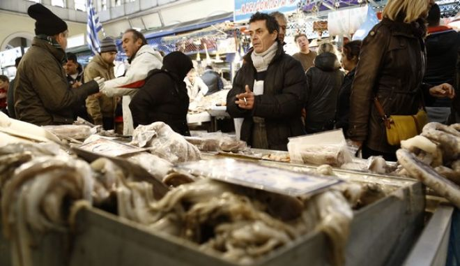 ΑΘΗΝΑ-Βαρβάκειος αγορά για την προμήθεια των σαρακοστιανών.(Eurokinissi-ΣΤΕΛΙΟΣ ΜΙΣΙΝΑΣ)