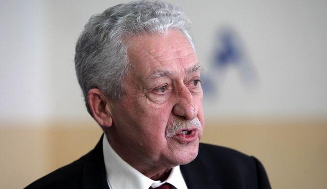 Ο πρόεδρος της Δημοκρατικής Αριστεράς Φώτης Κουβέλης ψηφίζει σε εκλογικό τμήμα του Περιστερίου την Κυριακή 25 Ιανουαρίου 2015.  (EUROKINISSI/ΓΙΑΝΝΗΣ ΠΑΝΑΓΟΠΟΥΛΟΣ)