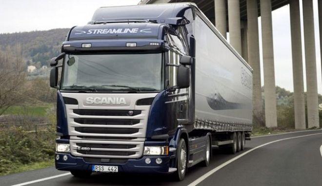 'Καμπάνα' στη Scania για το καρτέλ φορτηγών