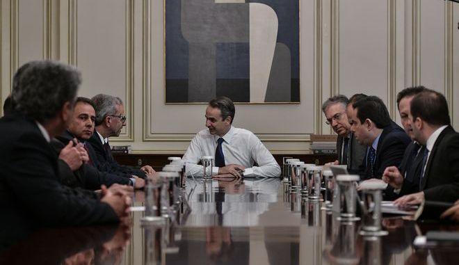 Συνάντηση του Πρωθυπουργού με τους Αντιπεριφερειάρχες και τους Δημάρχους της Λέσβου, της Χίου και της Σάμου