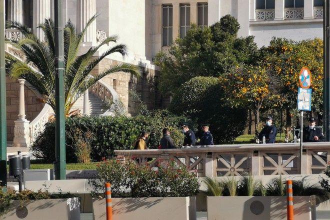 Έλεγχοι σε όλο το κέντρο από την Αστυνομία ανήμερα της 12ης επετείου δολοφονίας του Αλέξη Γρηγορόπουλου