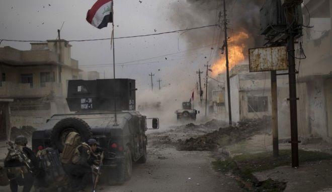 Συρία: Δεκάδες νεκροί από βομβιστική επίθεση του ISIS
