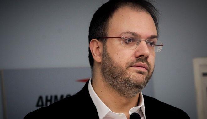 Ο Θανάσης Θεοχαρόπουλος σε συνεδρίαση της ΚΕ της ΔΗΜΑΡ για το θέμα των Πρεσπών