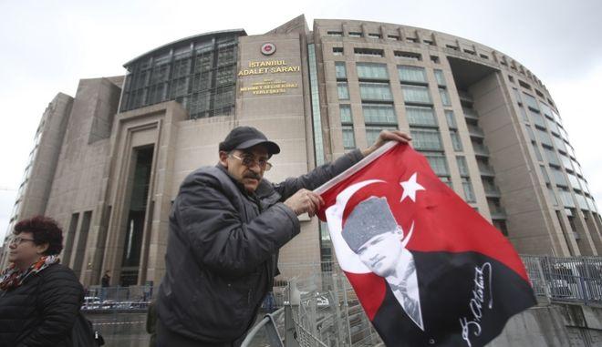 Τουρκία: Η αντιπολίτευση προσφεύγει στο Ευρωπαϊκό Δικαστήριο κατά του δημοψηφίσματος