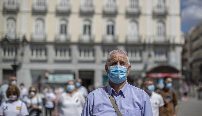Στους 27.133 οι νεκροί από κορονοϊό στην Ισπανία