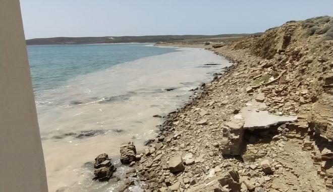 Η παραλία του Αγίου Σώζωντα στη Λήμνο