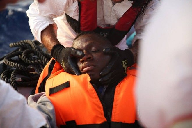 A young man from Mali who was in a coma when the MSF staff rescued him.