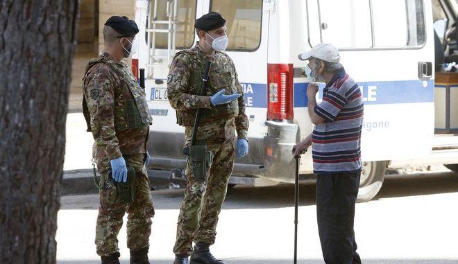 Στρατιώτες στην Ιταλία