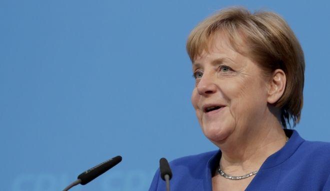 Επίτευξη συμφωνίας για τον κυβερνητικό συνασπισμό της Μέρκελ
