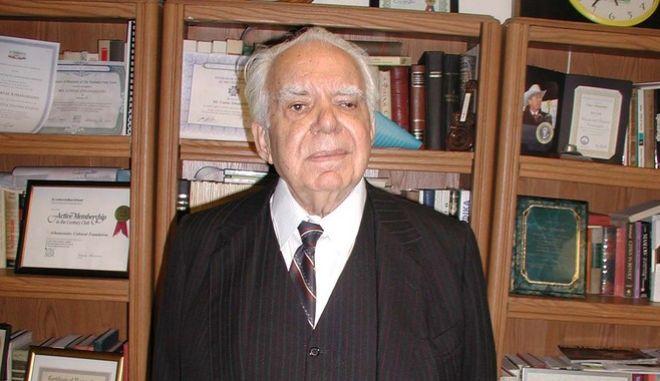 Ο δημοσιογράφος Κώστας Αθανασιάδης