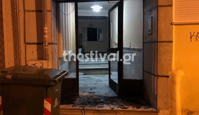 Θεσσαλονίκη: Έκρηξη αυτοσχέδιου μηχανισμού σε πολυκατοικία